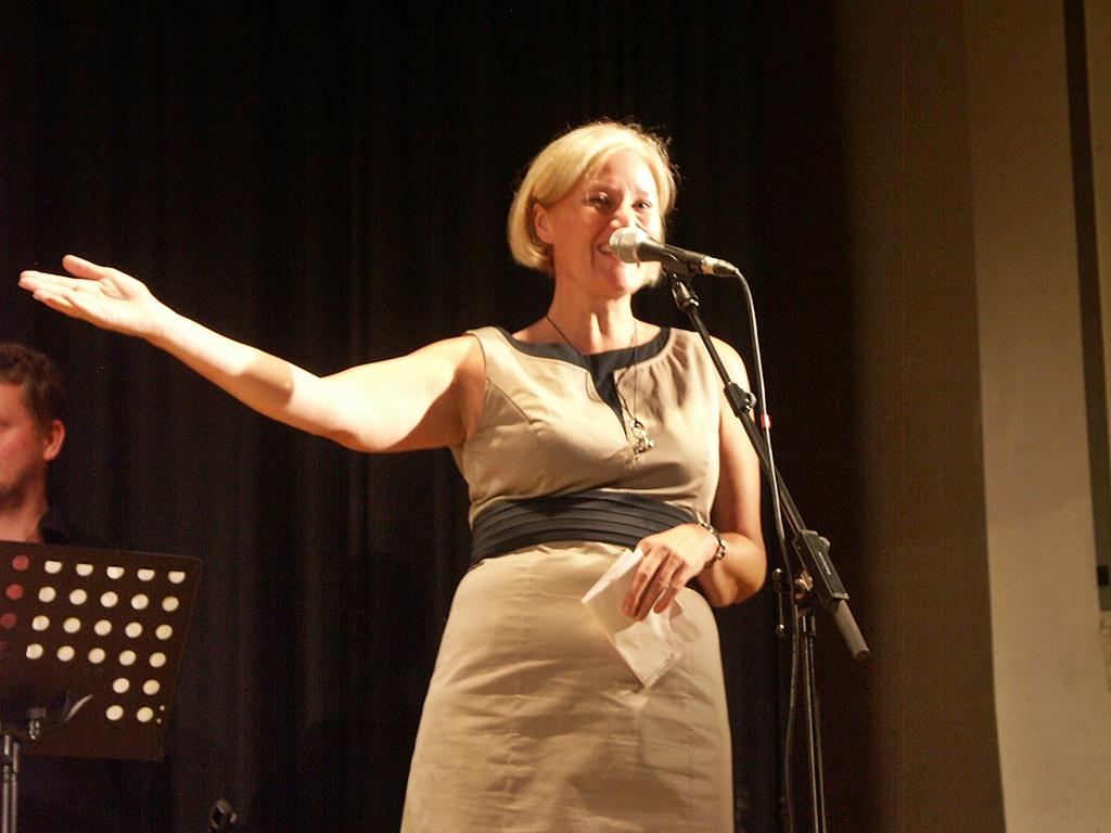 2012-Konzert Mit Kathy Kelly In Waldalgesheim-130