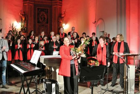 2013-Konzert Mit Kathy Kelly In St. Goarshausen-11